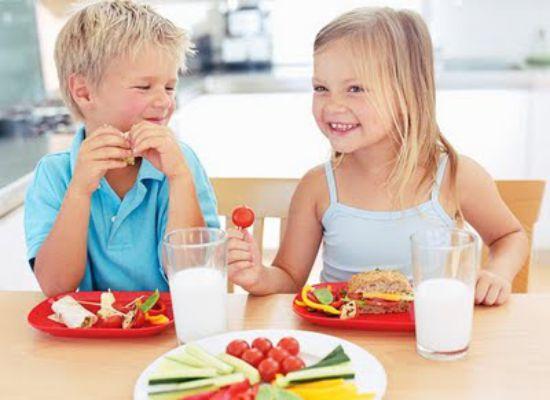 criancas e legumes